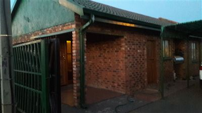 Potchefstroom, Ikageng Property  | Houses For Sale Ikageng, Ikageng, House 3 bedrooms property for sale Price:495,000