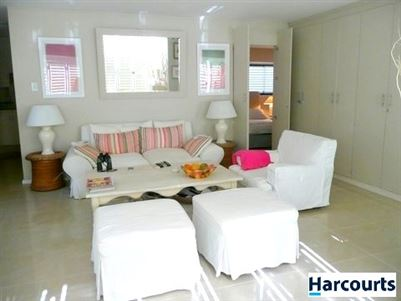 Bantry Bay property to rent. Ref No: 13396894. Picture no 6