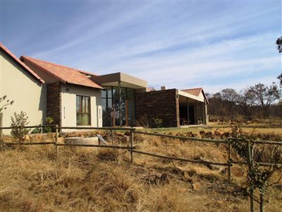 Leeuwfontein property for sale. Ref No: 13396336. Picture no 1
