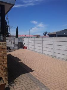 Kuils River property to rent. Ref No: 13396332. Picture no 12