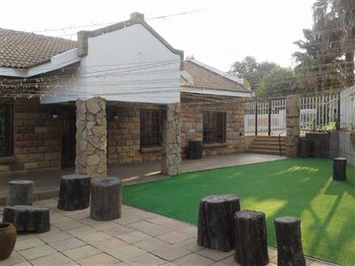 Property and Houses for sale in Witbank And Ext, Farms, 5 Bedrooms - ZAR 20,000,000