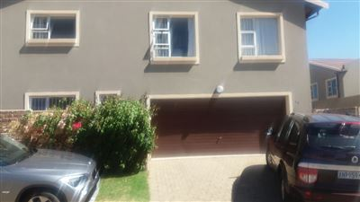 Alberton, New Market Property  | Houses For Sale New Market, New Market, Townhouse 3 bedrooms property for sale Price:1,425,000
