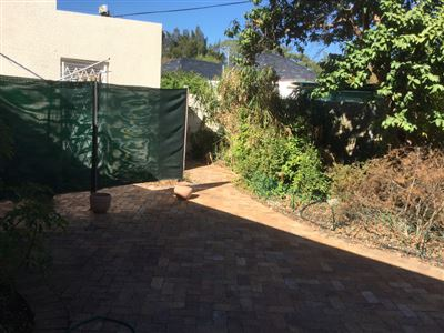 Pinelands property to rent. Ref No: 13398428. Picture no 1