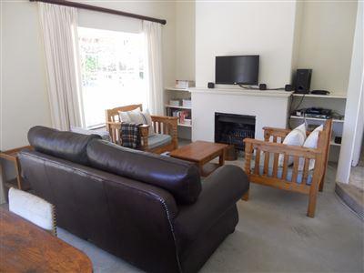 Hilton property for sale. Ref No: 13396974. Picture no 3