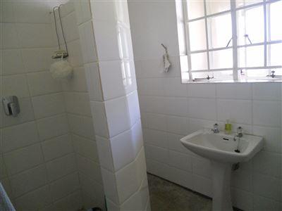 Hilton property for sale. Ref No: 13396974. Picture no 11