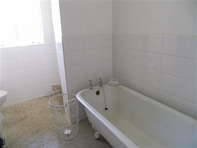 Hilton property for sale. Ref No: 13396974. Picture no 12