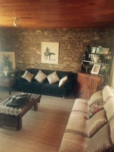 Raslouw property for sale. Ref No: 13401997. Picture no 4