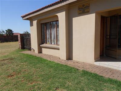 Waterval East to rent property. Ref No: 13397111. Picture no 1