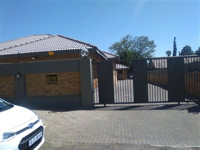 Alberton, Randhart Property  | Houses For Sale Randhart, Randhart, Cluster 3 bedrooms property for sale Price:2,500,000