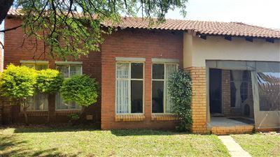 Equestria property for sale. Ref No: 13397405. Picture no 1
