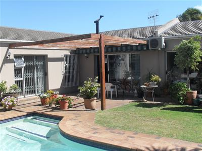 Edgemead property for sale. Ref No: 13397407. Picture no 1