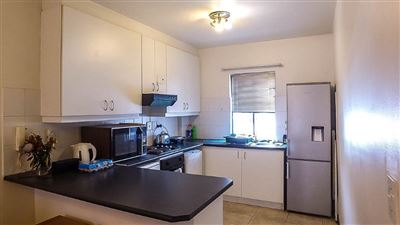 Stellenbosch Central property for sale. Ref No: 13397458. Picture no 4
