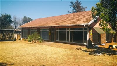 Fichardt Park property for sale. Ref No: 13397549. Picture no 1
