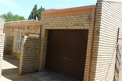 Parys property for sale. Ref No: 13399426. Picture no 1