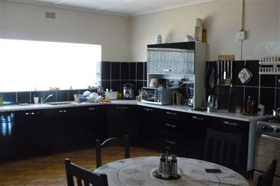 Parys property for sale. Ref No: 3284022. Picture no 16