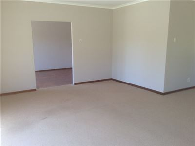 Summerstrand property to rent. Ref No: 13397812. Picture no 6