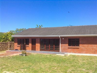 Port Elizabeth, Summerstrand Property  | Houses To Rent Summerstrand, Summerstrand, House 3 bedrooms property to rent Price:, 12,00*
