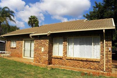 Doornpoort property for sale. Ref No: 13397821. Picture no 1