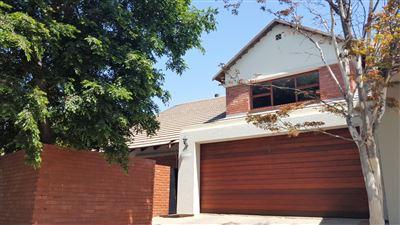 Pretoria, Equestria Property  | Houses For Sale Equestria, Equestria, Townhouse 3 bedrooms property for sale Price:2,330,000