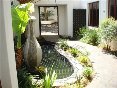 Waterkloof Ridge property for sale. Ref No: 13398121. Picture no 1