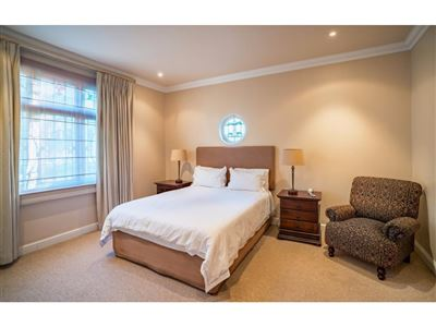 Sea Point property to rent. Ref No: 13400014. Picture no 10