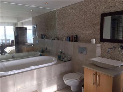 Sea Point property to rent. Ref No: 13398430. Picture no 6