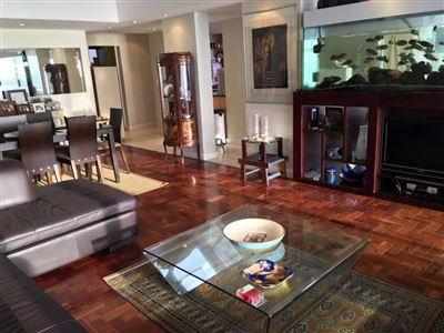 Sea Point property to rent. Ref No: 13398430. Picture no 8