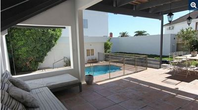 Bantry Bay property to rent. Ref No: 13398756. Picture no 6