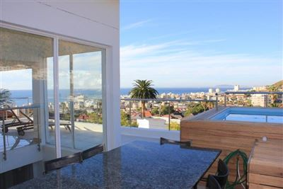 Fresnaye property to rent. Ref No: 13399241. Picture no 4