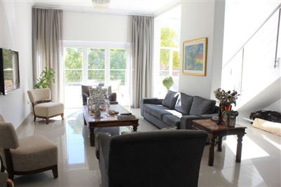 Fresnaye property to rent. Ref No: 13399241. Picture no 7
