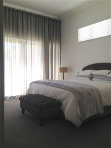 Fresnaye property to rent. Ref No: 13399241. Picture no 14