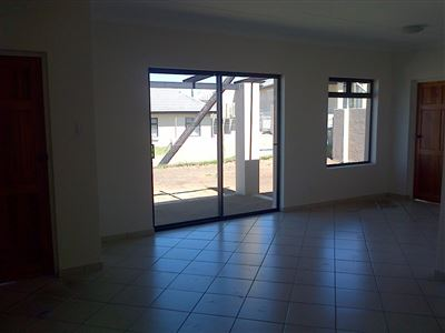 Kidds Beach property to rent. Ref No: 13399242. Picture no 4