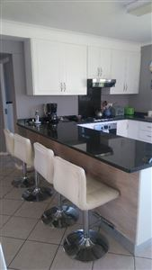 Grahamstown property to rent. Ref No: 13399260. Picture no 7