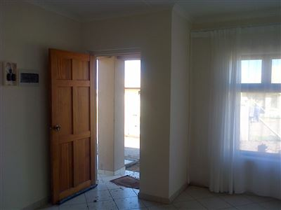Kidds Beach property to rent. Ref No: 13399247. Picture no 2