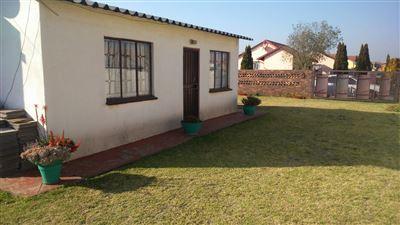 Vosloorus property for sale. Ref No: 13399729. Picture no 1