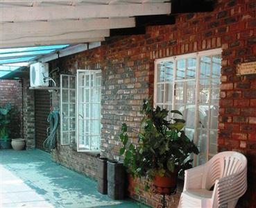 Rustenburg, Geelhoutpark & Ext Property  | Houses To Rent Geelhoutpark & Ext, Geelhoutpark & Ext, Townhouse 3 bedrooms property to rent Price:,  8,00*