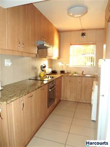 Sea Point property to rent. Ref No: 13399424. Picture no 4
