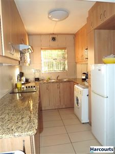 Sea Point property to rent. Ref No: 13399424. Picture no 5