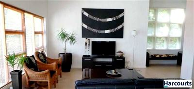 Camps Bay property to rent. Ref No: 13399427. Picture no 2