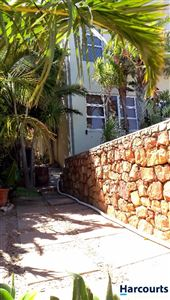 Camps Bay property to rent. Ref No: 13399427. Picture no 11