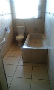 Waterval East to rent property. Ref No: 13400395. Picture no 4