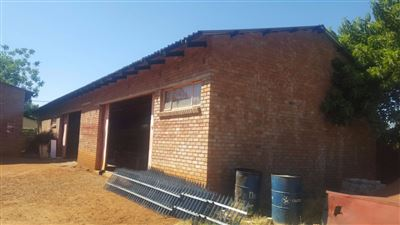 Louis Trichardt property for sale. Ref No: 13399436. Picture no 1