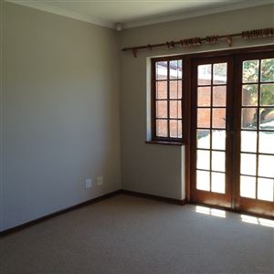 Summerstrand property to rent. Ref No: 13397812. Picture no 9