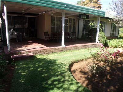 Sinoville property for sale. Ref No: 13400203. Picture no 17