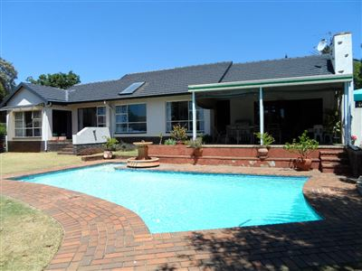 Krugersdorp, Silverfields Property  | Houses For Sale Silverfields, Silverfields, House 4 bedrooms property for sale Price:1,285,000