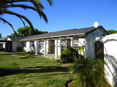 Protea Heights property for sale. Ref No: 13400008. Picture no 1