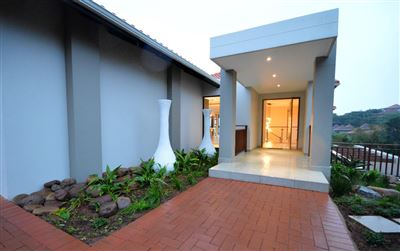 Port Zimbali property for sale. Ref No: 13400190. Picture no 1