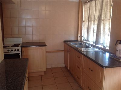 Primrose & Ext property to rent. Ref No: 13400013. Picture no 3