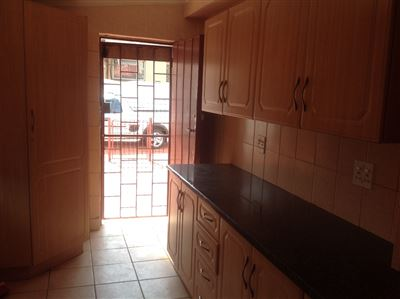 Primrose & Ext property to rent. Ref No: 13400013. Picture no 4