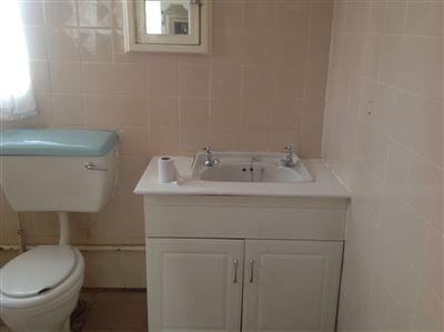 Primrose & Ext property to rent. Ref No: 13400013. Picture no 11